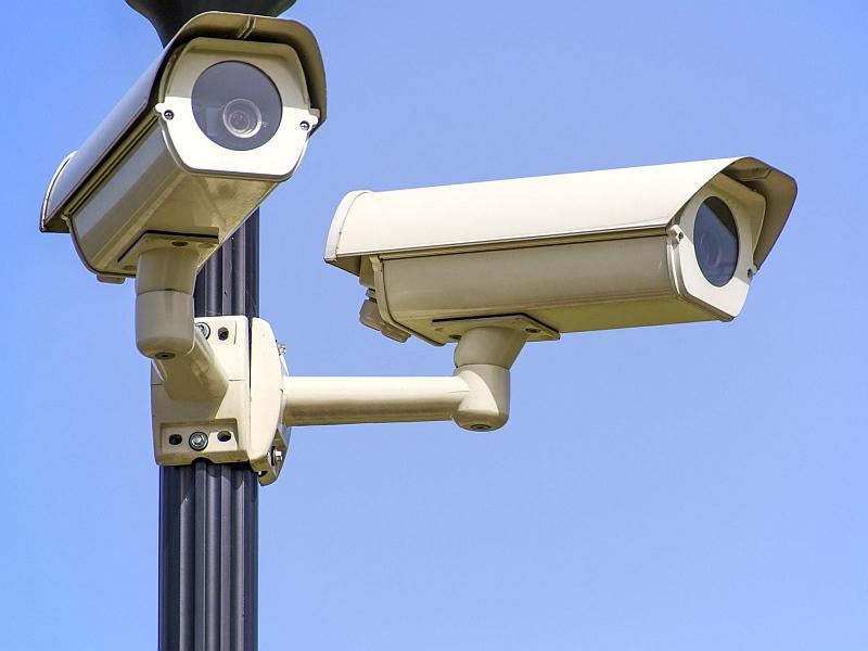 מצלמות אבטחה בגן יבנה